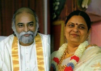Bhagwan and Amma 01